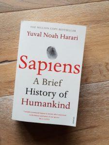 انسان خردمند:تاریخ مختصر بشر نوشته نوح هراری-Sapiens, A Brief History of Humankind