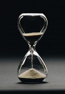 دانلود تحقیق در مورد مفاهیم بنیادی فضا و زمان و مفاهیم نسبیت